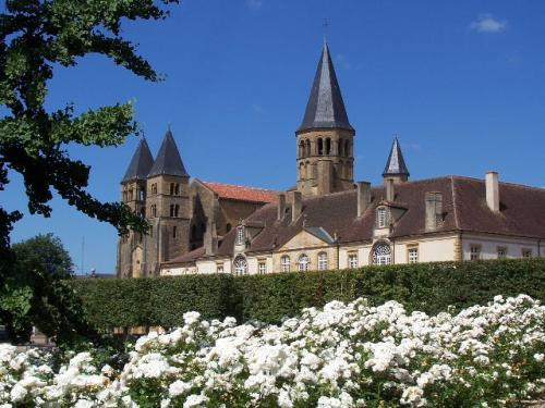 Basilica, Paray le Monial